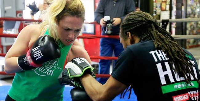 Heather Hardy vs Shelly Vincent Boxing Live