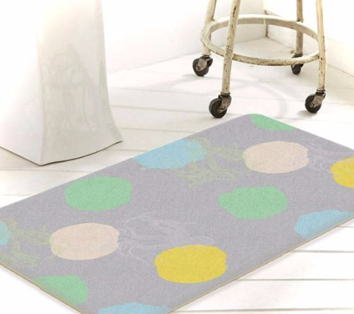 Nautical Bath Mats buying guide: learn more about bath rugs, get some tips on buying and caring, and see top picks for beautiful nautical bath mats. - http://beachblissliving.com/nautical-bath-mats/