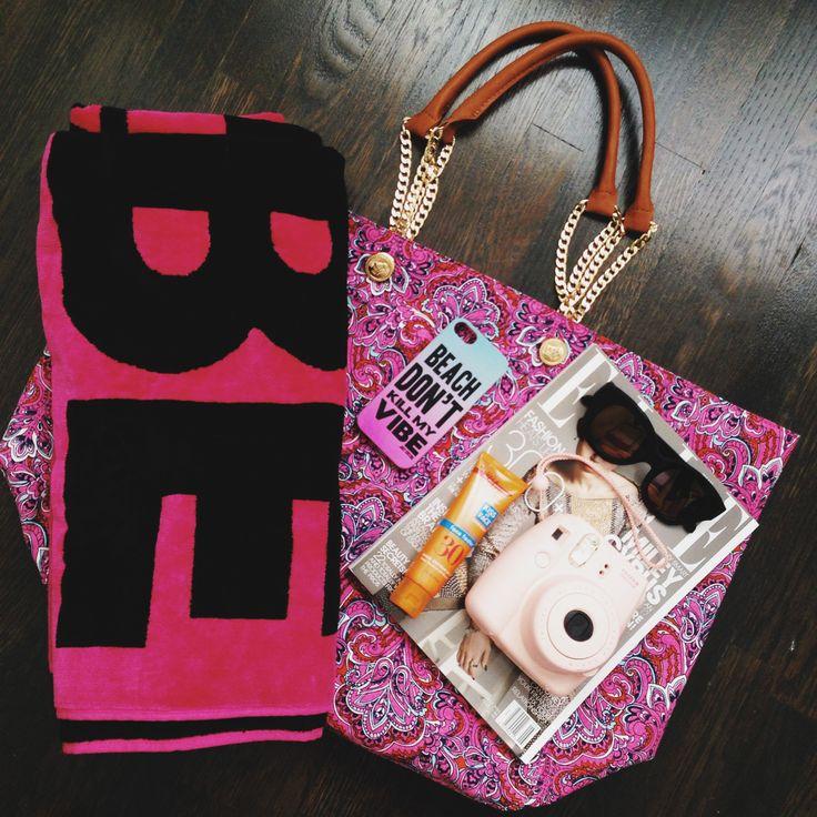 beach bag essentials #gowest