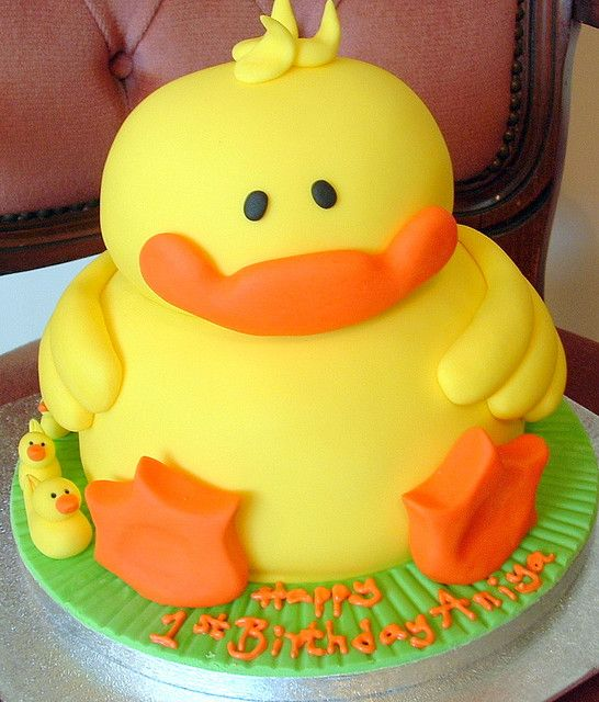 Ducky cake - Super cute idea for a baby shower or baby's 1yr old cake