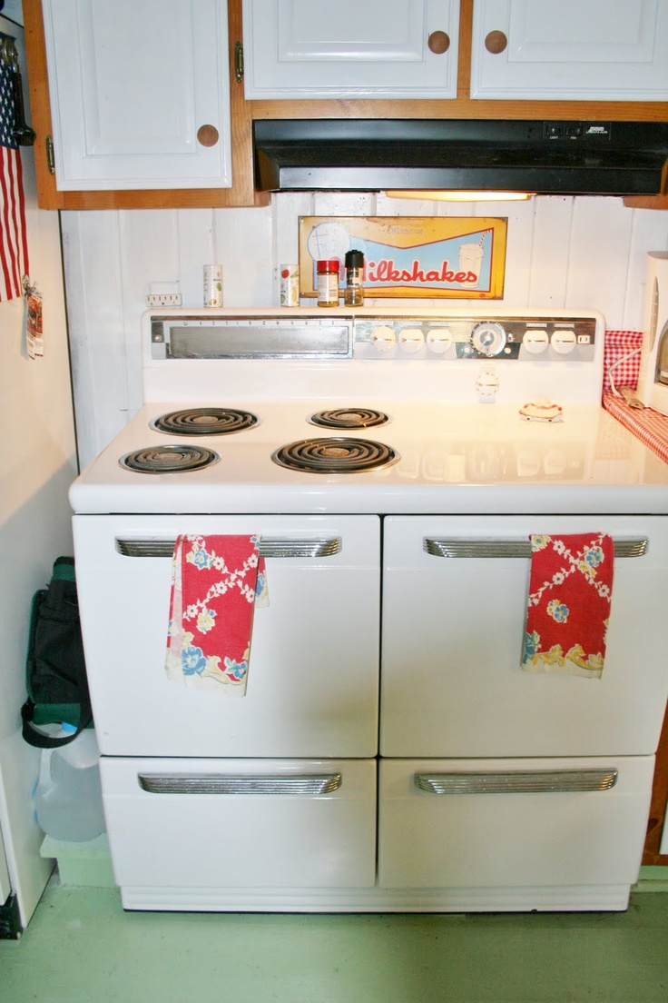 Antique Looking Kitchen Appliances 1000 Images About Stoves Vintagei Want One On Pinterest