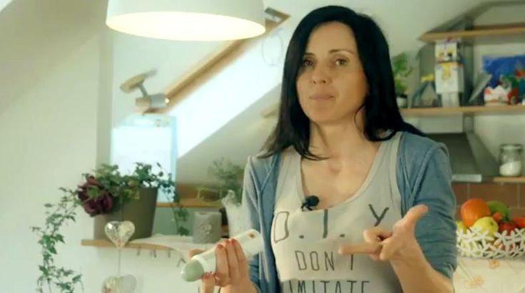 domácí deodorant -video česky - z zyzopu-naložený do bílého vína-extrakt, ocet., eterické oleje,nalít do spreje