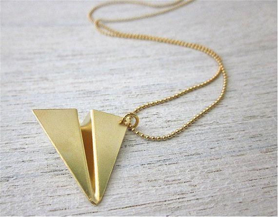 Collar de avión de papel en origami japonés dorado de shlomitofir, $ 58.00