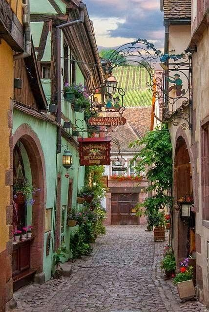 Restaurant L'arbaletrier, Riquewihr , Alsace , France: