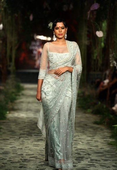 Tarun Tahiliani Saree at Indian Bridal Fashion Week 2012
