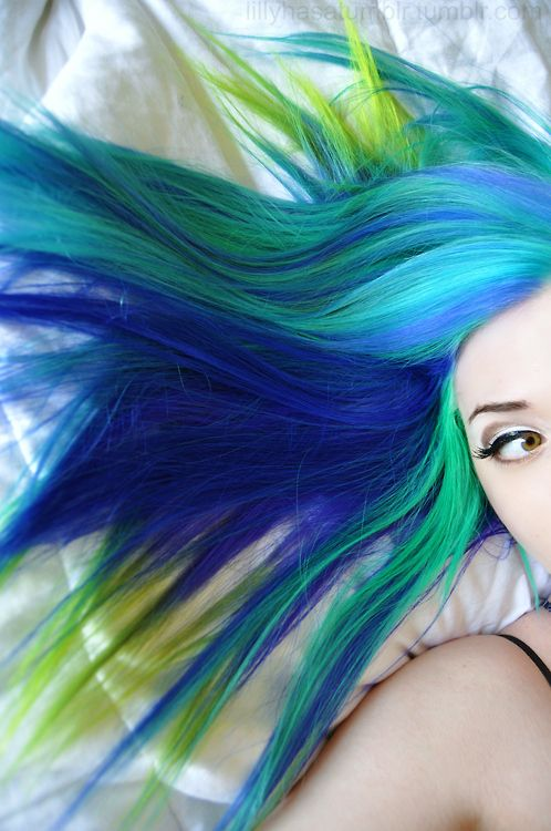 Blue green turquoise dyed hair