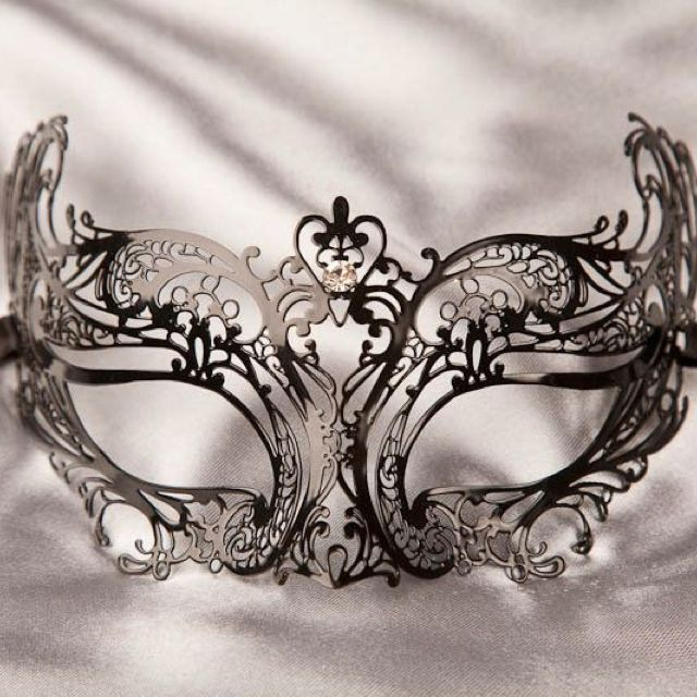 Beautiful mask for a Masquerade Ball!