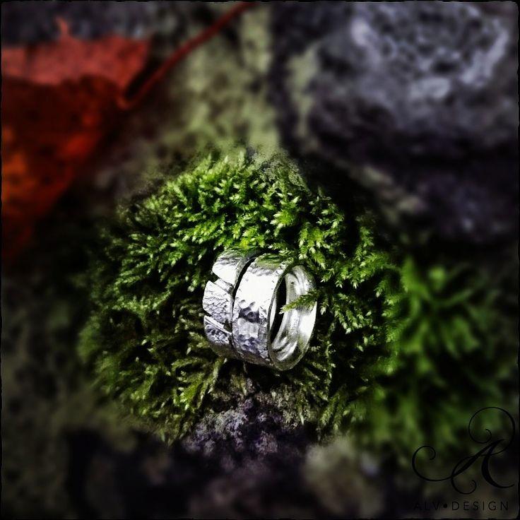 ▪️ATHENA möter NJORD▪️ Klassisk men modern silverdesign. Arbete och form av konstnär och silverdesigner Anneli och Kenneth Lindström, Alv Design. Välkommen att se mer i webbutiken www.alvdesign.se