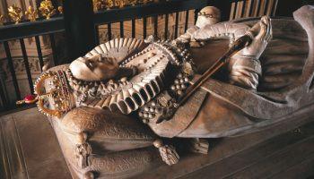 Onde Morreram e onde estão enterrados os membros da Dinastia Tudor