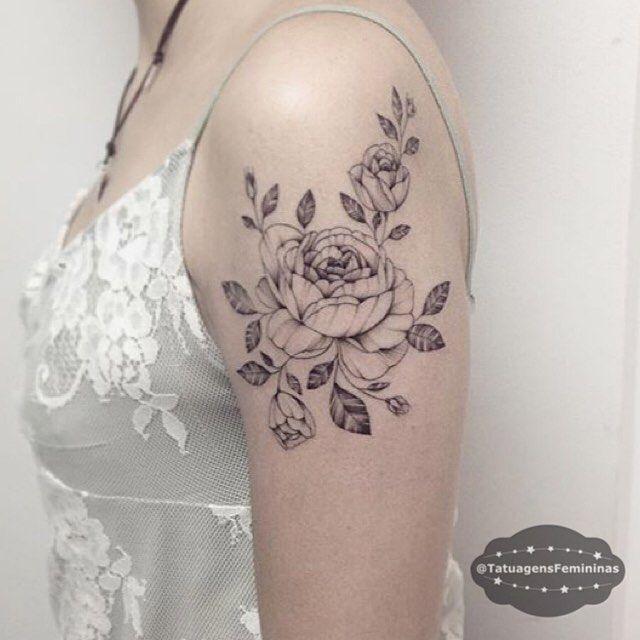 Peônias Linhas finas / Fine lines Tattoo Artist:. @Laystattoo…
