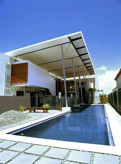 Sunshine Coast home with skillion roof made from COLORBOND® steel in the colour Surfmist®.