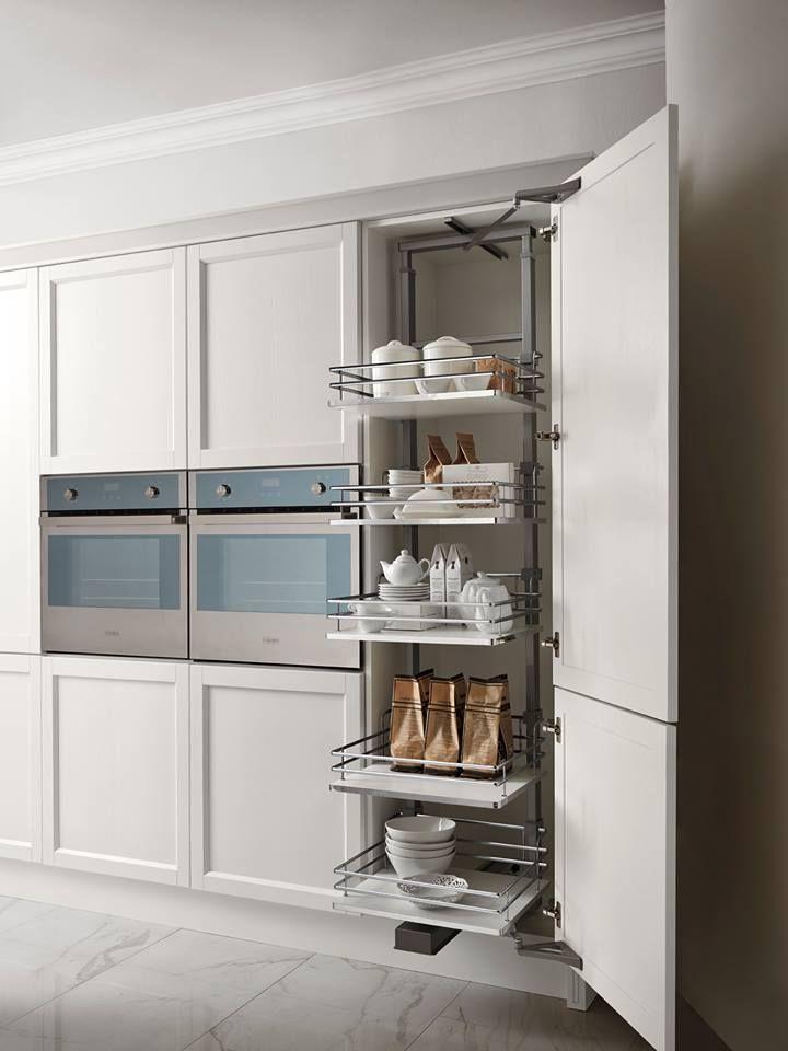 La cura del dettaglio è fondamentale, in ogni ambito, soprattutto in #cucina. Vieni a scoprire tutti i nostri #accessori di ultima generazione. #comfort #efficienza #eleganza HARMONY CLASSIC » www.cucinesse.it/cucine/harmony/
