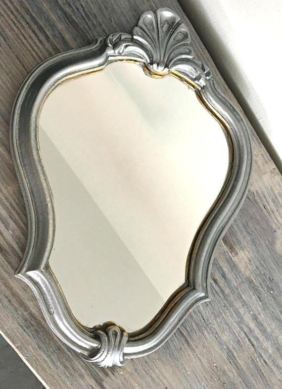 Les 25 meilleures id es de la cat gorie miroir baroque sur for Miroir baroque gris