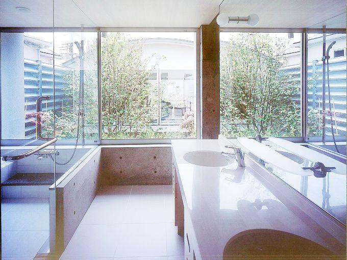 洗面とバスルーム