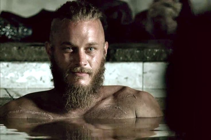 A pleasant spoiler....Travis Fimmel - Ragnar Vikings season 2