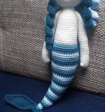 Amigurumi bambola sirena stile lalylala