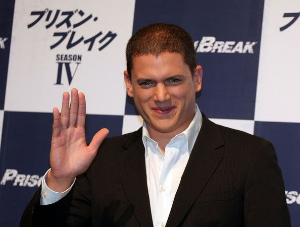 """Wentworth Miller Photos Photos - Actor Wentworth Miller attends the """"Prison Break"""" press conference at Park Hyatt Tokyo on December 17, 2008 in Tokyo, Japan. The new series of the TV drama will be released in summer 2009 in Japan. (Photo by Koichi Kamoshida/Getty Images) * Local Caption * Wentworth Miller - Wentworth Miller Promotes """"Prison Break"""" Season IV"""