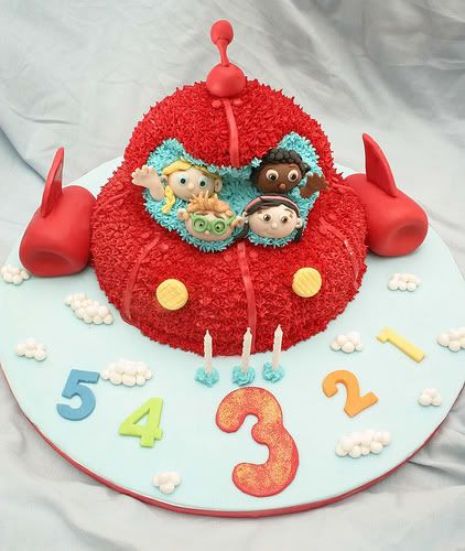 Another Little Einstein Cake  I can see this for my boys 3rd bday!