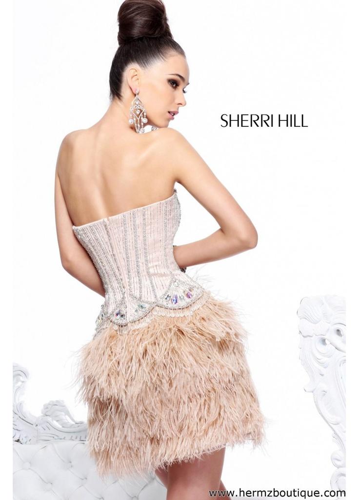 Killing look and killing dress.