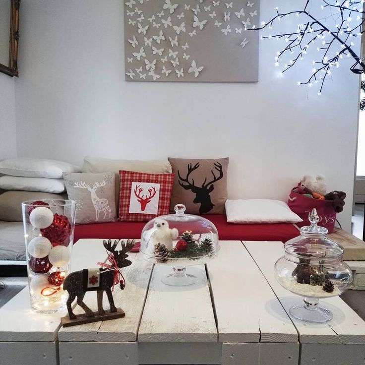 Winter time in red and white with lovelies reindeers