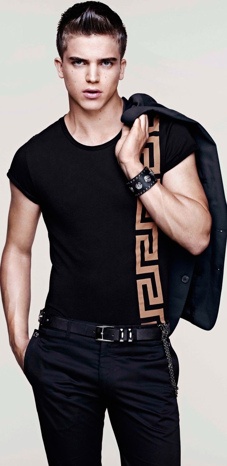 Black t shirt with suit - 1338 Best Men S Fashion Images On Pinterest Menswear Fashion Looks And Men Fashion