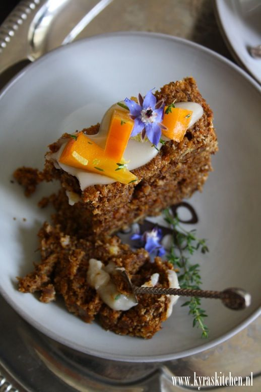 recipe: rooibos maple cake - kyra de vreeze