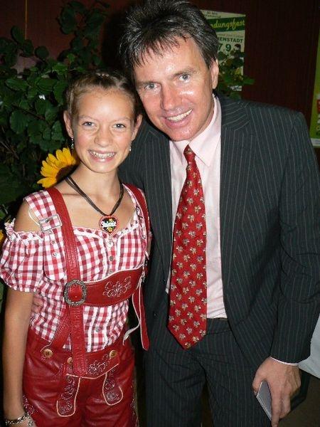 Kurt Elsasser mit einen RIESEN Fan...