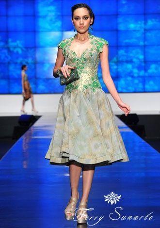 style of dress kebaya