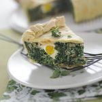 Non sai cosa proporre a pranzo? Uova, verdure e la torta pasqualina è pronta: prova la ricetta su Sale&Pepe!