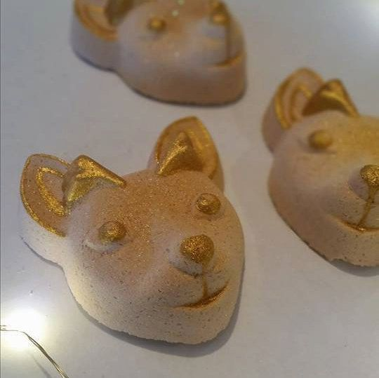 Vegan Bath Bomb in the shape of a deer! This little fawn is so cute, one of my absolute favorites.