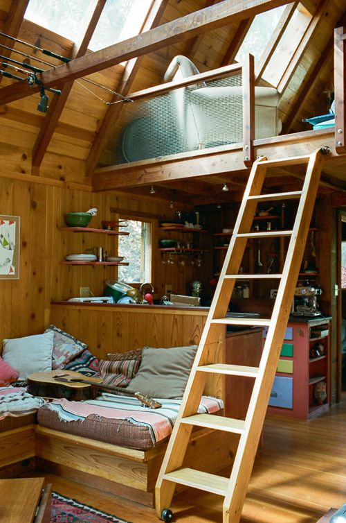 Tiny Southern California cabin built by shipbuilders, inhabited by Daniel Kent. Click through for more photos of this tiny home. Via Brian W. Ferry's blog.