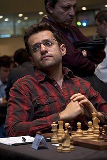 Levon Aronian - Ormiański szachowy arcymistrz. Ur. w 1982r. w Yerevan. W 2014r. drugi na świecie. 2011- Mistrzostwa Europy w Atenach.jpg