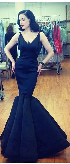 Black dress...the neckline makes me want to turn it into a wonder woman dress