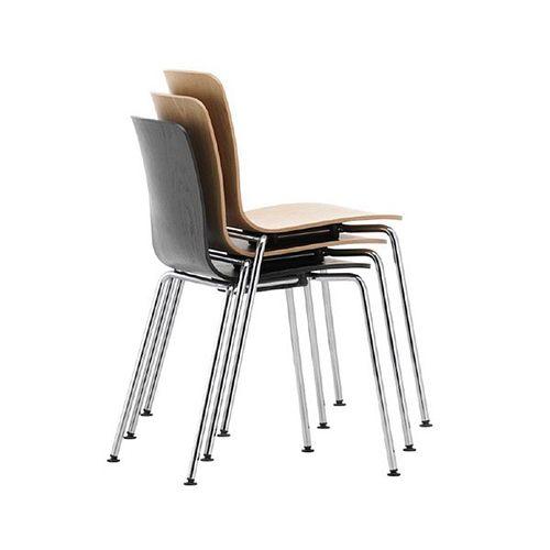 Ply Tube fra Vitra. Lækre kantinestole eller mødestole. Fås som stabelstole i flere farver og varianter. Designer stole der er flotte og praktiske. www.moffice.dk