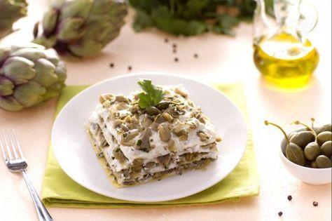Le lasagne ai carciofi con ricotta e capperi sono un modo diverso per preparare le lasagne, un ottimo primo piatto domenicale primaverile.