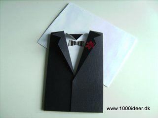 Dette kort kan både bruges til invitation, takkekort eller lykønskningskort. Konfirmationskortet er lavet af sort karton, der er foldet og klippet til, så det forestiller en jakke. Kortet man skriver på er skjorten. Der er klippet en butterfly og en lille knaphulsblomst. Udgangspunktet er det et A4 ark (sort),der er delt i to (= 2 invitationer),og så er der klippet 2 hak til revers. Skjorten er lavet ud af et hvidt karton, som der er klippet et hak i, så man laver skjorteflippen ved at…