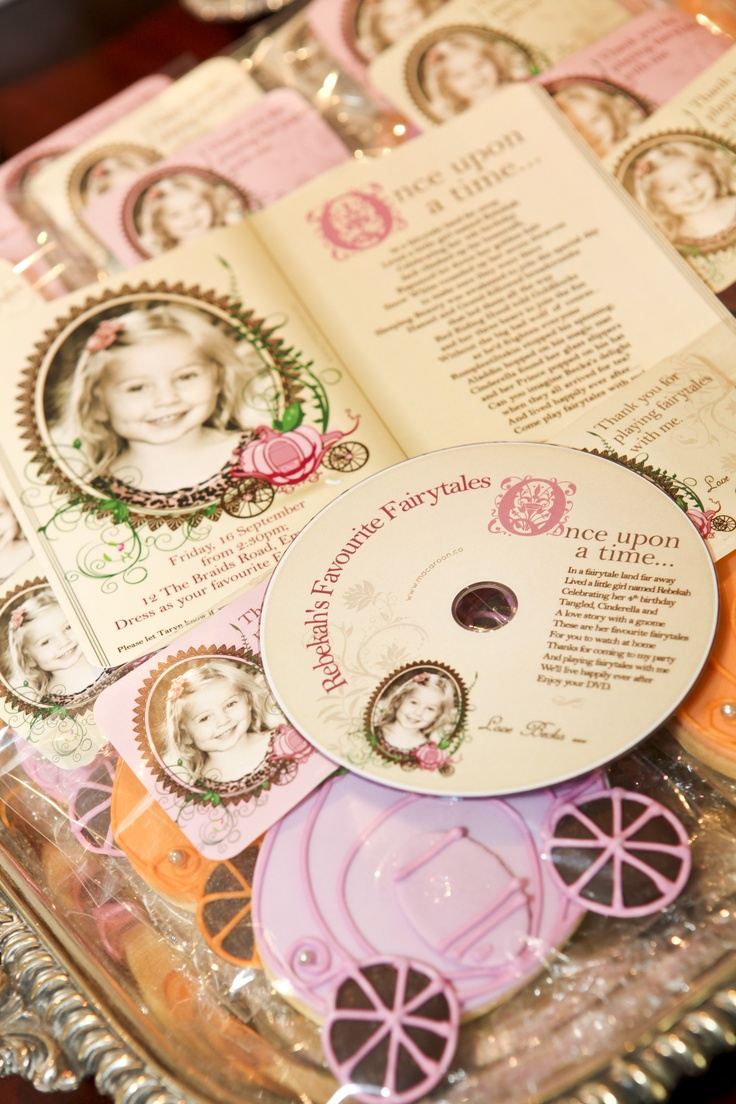 Personalised Invitation and Goodie bag stickers  www.macaroon.co