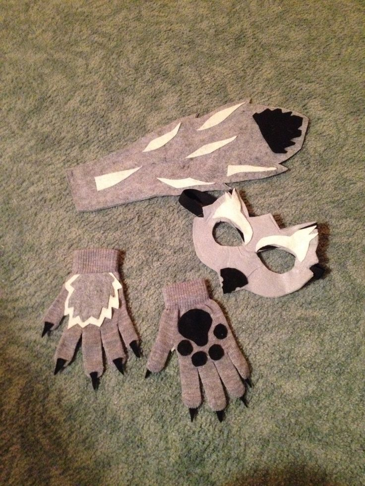 Big bad wolf costume out of felt and stretchy gloves …
