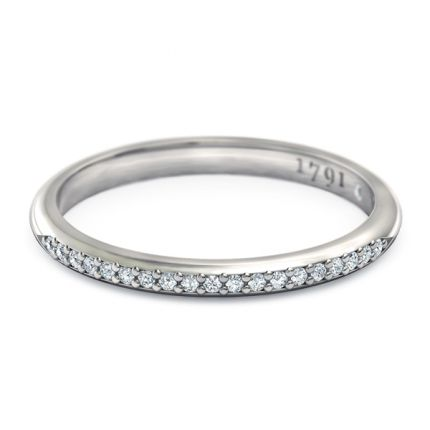 Maia Women's Wedding Band in 18kt White Gold - Top View