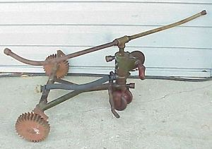 Antique-Sparks-Traveling-Walking-Lawn-Sprinkler-Jackson-MI