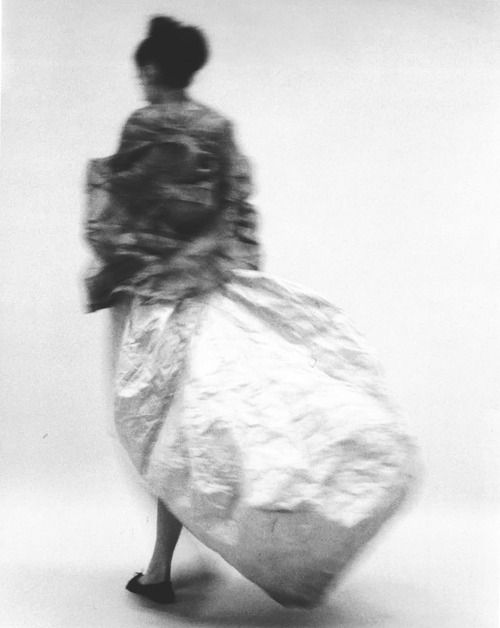 9th: [COMME DES GARÇONS S/S 1997, PHOTO JANE MCLEISH]