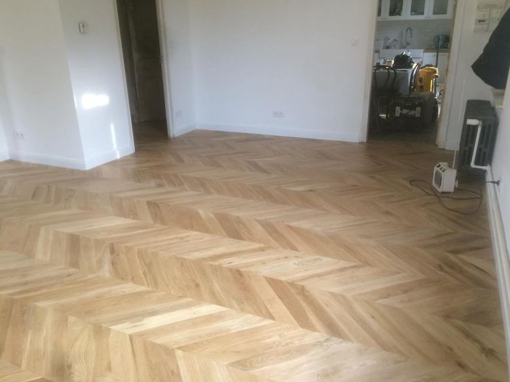 25 best ideas about parquet chene massif on pinterest parquet bois massif parquet en ch ne. Black Bedroom Furniture Sets. Home Design Ideas