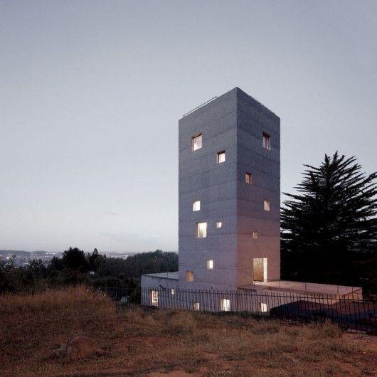 Cien House, Concepción, Chile / Pezo von Ellrichshausen