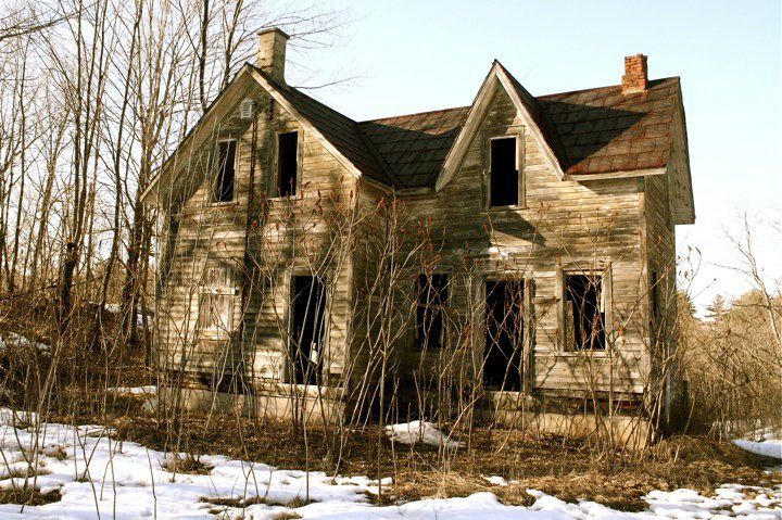 Abandoned house in the ghost town of Swords, Ontario