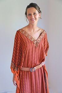 Red hot long kaftan drapes beautifully and doesn't crush, cooling and ideal for hot summer days, can wear with a belt or without.