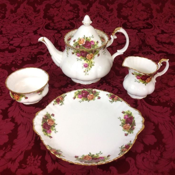 Vintage Royal Albert Old Country Roses Display Teapot Creamer Sugar Cake Plate #RoyalAlbert & 168 best Old Country Rose images on Pinterest | Country rose Royal ...