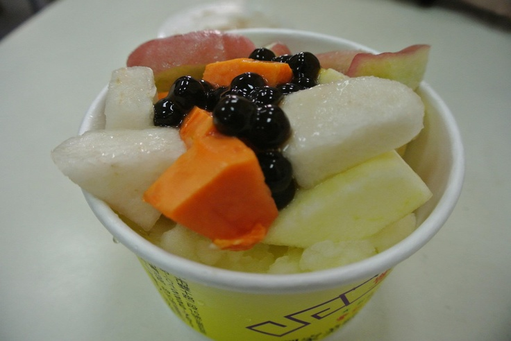 Pineapple Shaved Ice with Mixed Fruits - Taiwan TaiChung