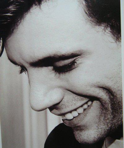 Mika omg that smile!