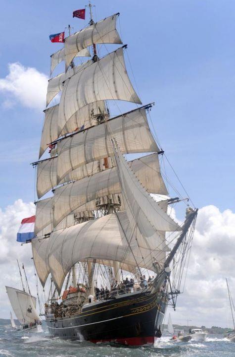 Le Stad Amsterdam '' clipper '' Hollandais~~~authorbryanblake.blogspot.com
