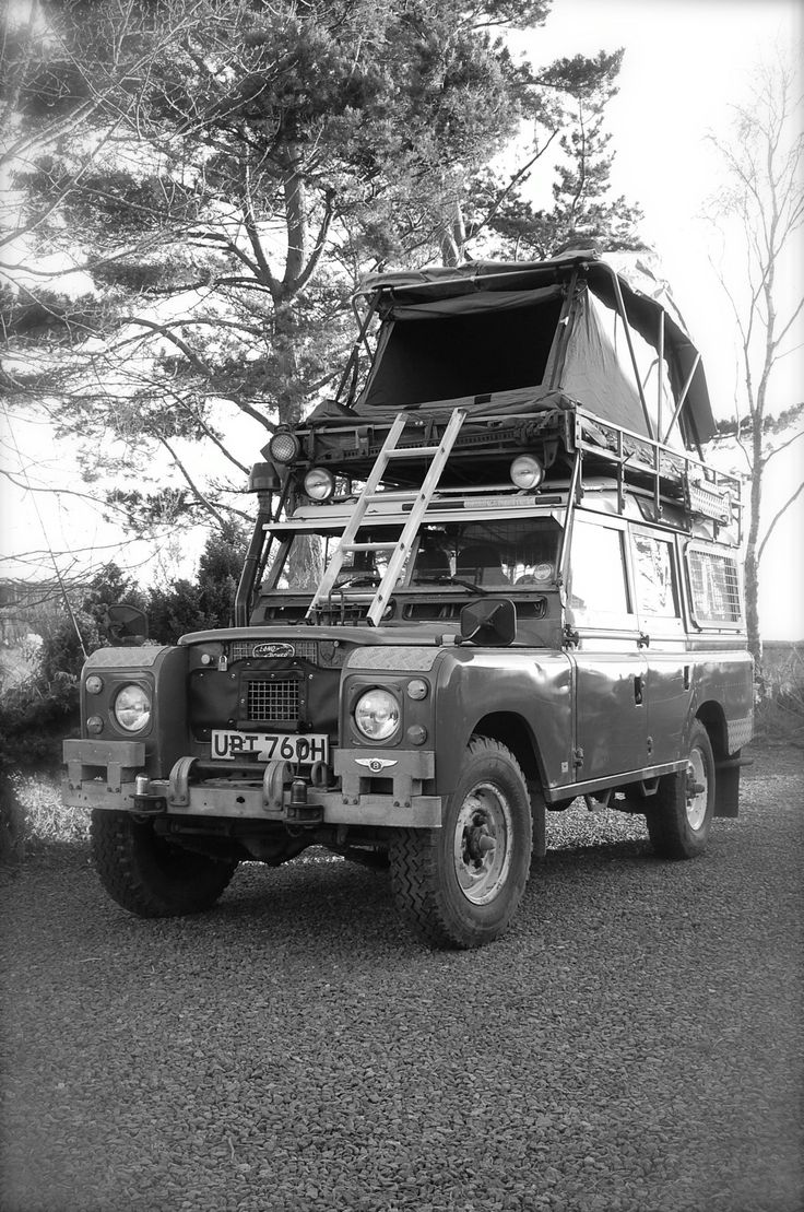 Our 1970 Safari with Brownchurch roof tent